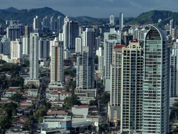 """Panamá destaca """"optimismo"""" del FMI, que prevé crecimiento del 12 % este año"""