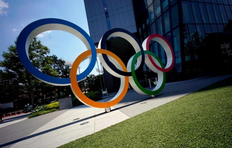 Japón fijará un nuevo tope de 10,000 espectadores en estadios deportivos