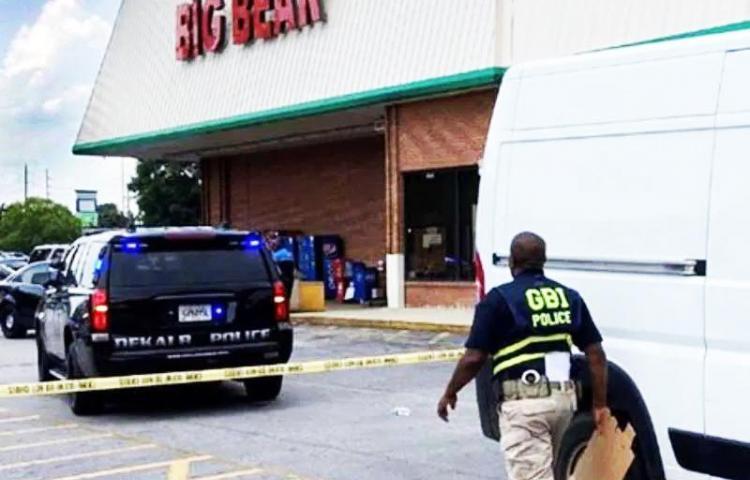 Hombre asesina a cajera porque le pidió que se pusiera mascarilla
