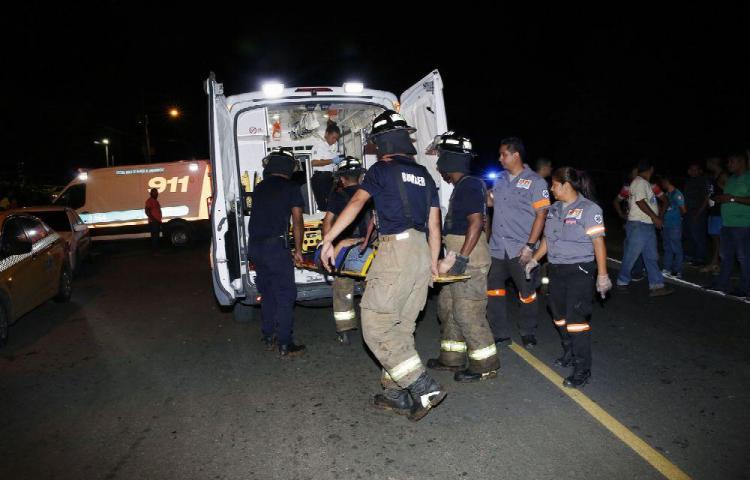 Taxista muere en la vía chifeando a la policía