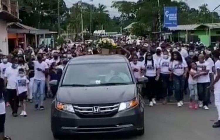 Al ritmo de plena despiden a jóvenes asesinados en Pacora