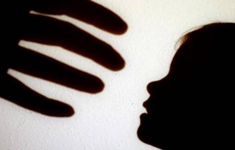 En Colón, encarcelan a monstruo acusado de abusar de su hija con discapacidad