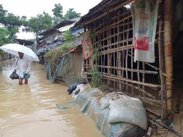 Sube a 21 el número de muertos por las lluvias torrenciales en Bangladesh
