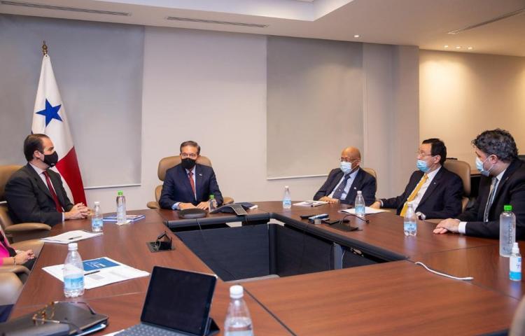 Presidente del BID destaca a Panamá como país clave para la reactivación económica