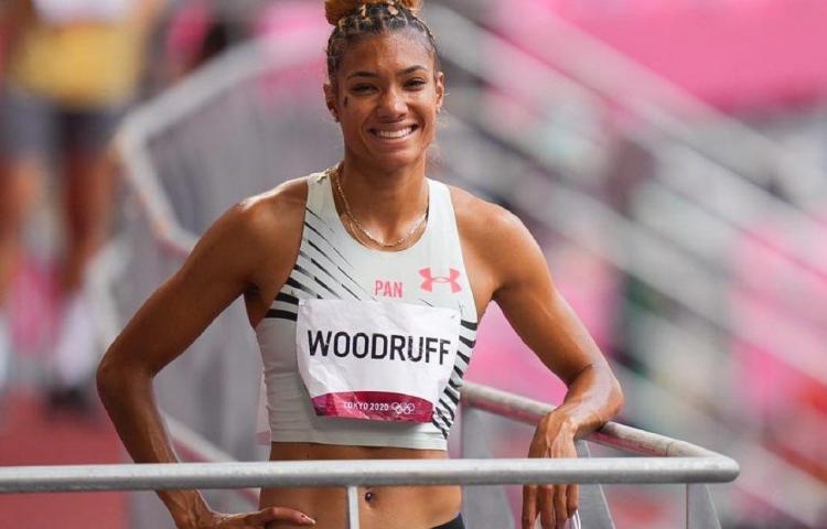 Gianna woodruff terminó en el séptimo puesto en la final de los 400 metros vallas
