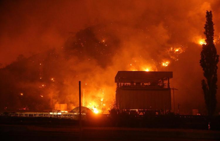 Turquía logra controlar el incendio que amenazaba una central térmica