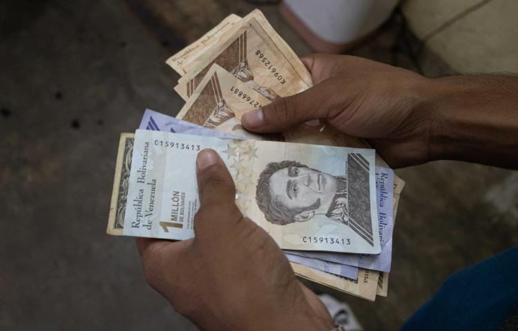 Venezuela anuncia una nueva reconversión que eliminará 6 ceros a la moneda