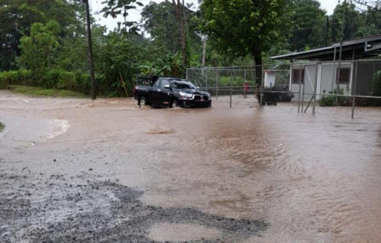 Inundaciones por el desbordamiento de ríos en Colón