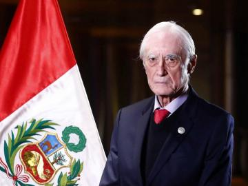 Con apenas 19 días en el cargo renuncia el Canciller de Perú tras controversia