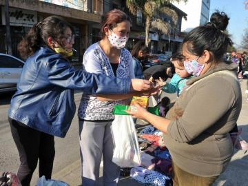 Trueque por alimentos, el recurso de los argentinos ante la crisis económica