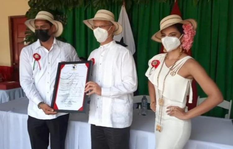Embajador de China en Panamá declarado huésped de honor en La Pintada