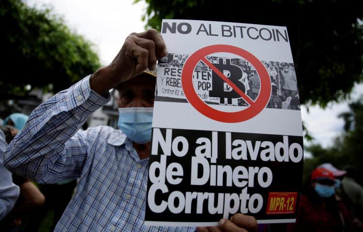 Entra en vigor la ley que da curso legal al bitcóin en El Salvador