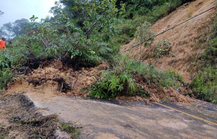Lluvias causan deslizamiento de tierra en Veraguas