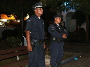 Policía busca frenar ola de robos y hurtos en las paradas de buses