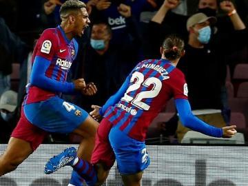 Araújo salva al Barcelona de la derrota