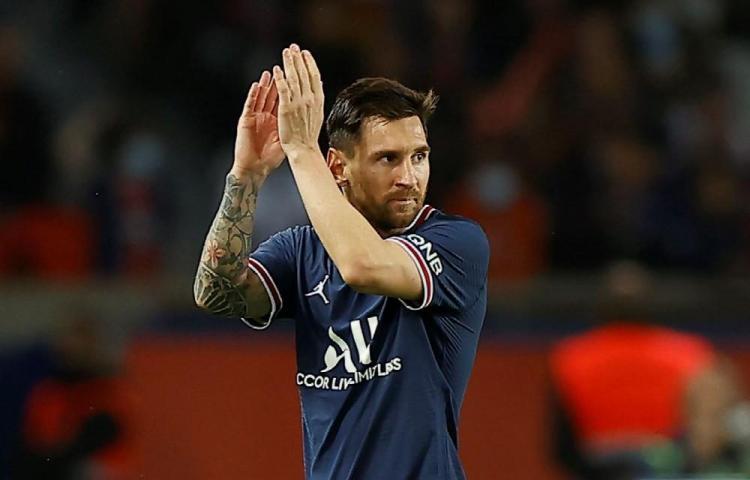 Messi sufre una contusión