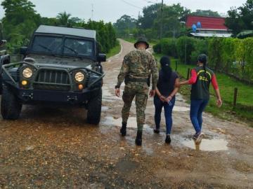 Desmantelan red de coyotes; más de 40 detenidos en Panamá y Costa Rica