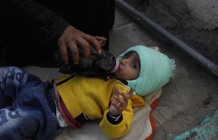 Millones de niños menores de dos años no reciben los alimentos que necesitan