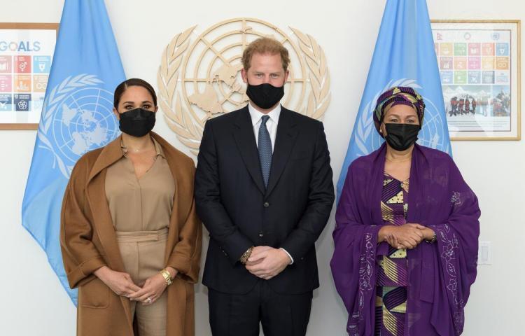 El príncipe Enrique y Meghan Markle se reúnen con la vicesecretaria de la ONU