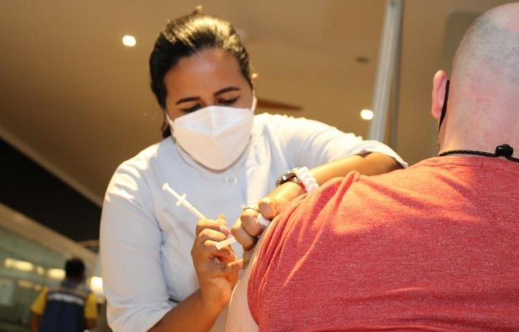 Habilitan nuevos centros de vacunación