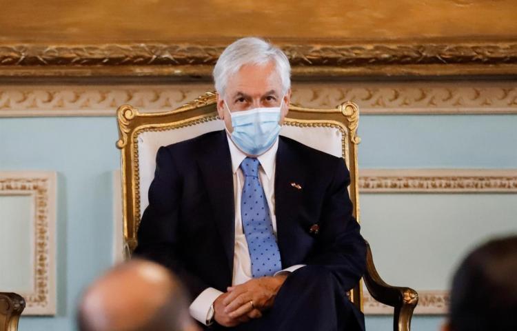 Papeles Pandora y posible juicio político a Piñera sacuden campaña en Chile