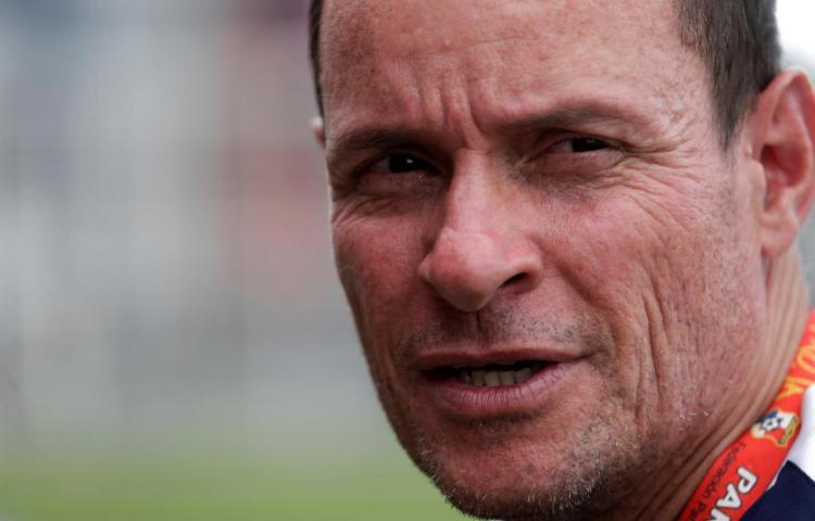 Arrestan a exseleccionador panameño acusado de abuso por jugadoras venezolanas