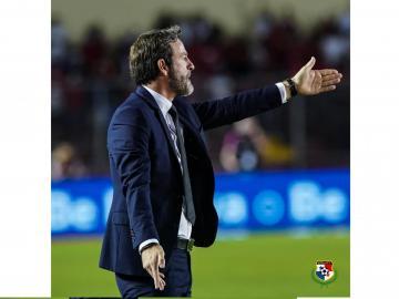 Christiansen, el técnico de la Selección que conquista los corazones de las chicas