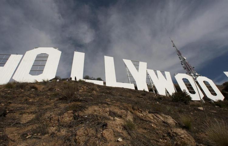 Trabajadores de Hollywood amenazan con iniciar una huelga el próximo lunes