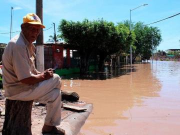 Huracán Pamela deja más de 10 mil damnificados en México