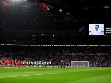UEFA sanciona a Inglaterra con dos partidos a puerta cerrada