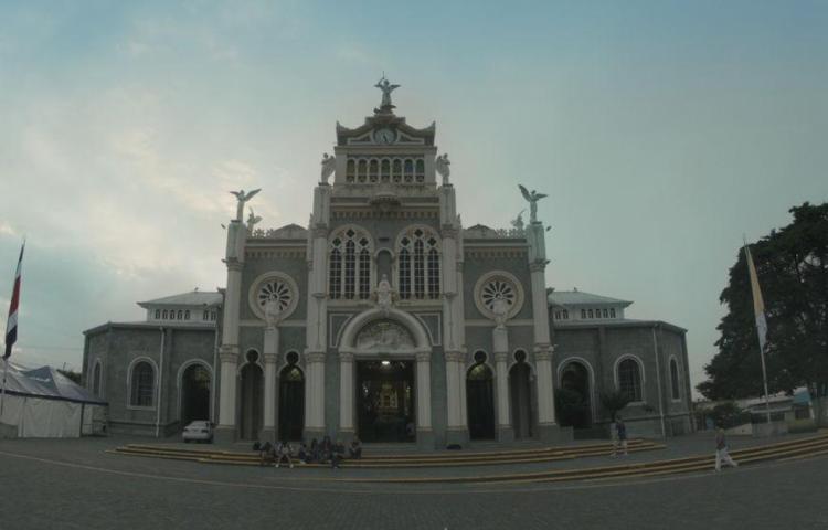Hombre se suicida en Basílica de la Virgen de los Ángeles de Costa Rica